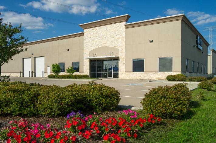 Race-Park-Business-Center-Photo-711x472